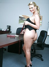 Busty and delicious whore Phoenix Marie showing her amazing body curves