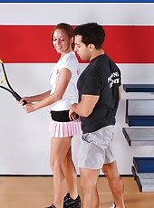 Ambirious tennis player in sexy skirt Scarlett Fay is very happy to meet her coach