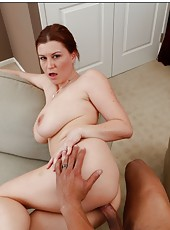 Sweet facial for a pale skinned milf Sara Stone with huge boobs and powerful ass