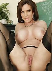 Winsome teacher with awesome big boobs Diamond Foxxx entices and fucks lucky student