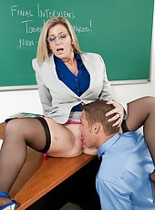 Breastly teacher with massive ass Sara Jay presents qualitative fucking lesson