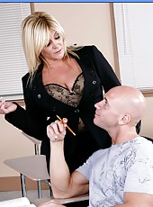 Mature blonde Ginger Lynn decided to check student