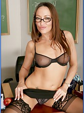 Playful teacher in sexy stockings Michelle Lay demonstrates modern education