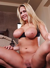 Extremely big tits of Alanah Rae and tight pussy in the action