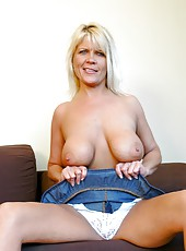Fabulous blode mature Mrs. Michaels shows her hot body in great poses