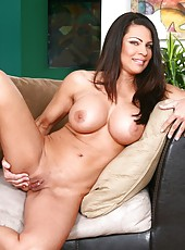 Busty brunette girl Teri Weigel shows her wet pussy and big tits