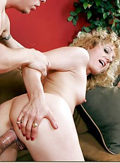 Naughty and skinny milf Angella Faith gets a hot cunnlingus from her young fucker