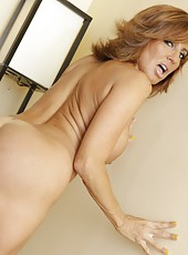 Carnal milf Tara Holiday showing amazing ass and fingering like nobody else