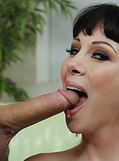 Appealing chick RayVeness making a deepthroat and getting pounded