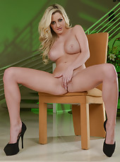Big tits models Phoenix Marie and Sienna Day fucking in high heels