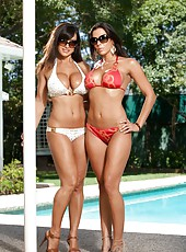Pool party with horny milfs Lisa Ann and her sexy bikini model Rachel Starr