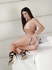 Striptease action featuring fantastic milf beauty India Summer in hot high heels