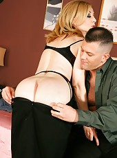 Awesome blowjob done to a lucky guy by horny porn star Nina Hartley