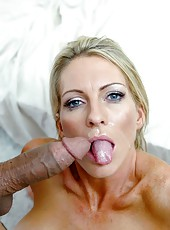 Sexy milf Emma Starr is receiving the best facial in her life