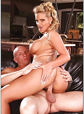 Zealous bitch Phoenix Marie adores getting naughty with strong fellows