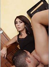Glamorous woman Ava Alvares enjoys making deepthroats and riding dicks