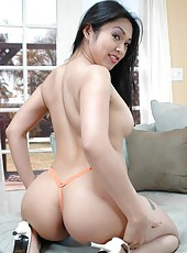 Skillful Asian whore Mika Tan likes making blowjobs and getting pounded