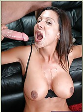 Appealing milf with yummy boobies Demi Delia gets entirely pleased