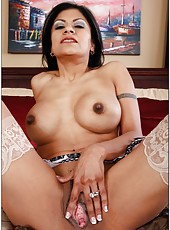 Slutty milf Gabby Quinteros getting naughty with her neighbor and making blowjob