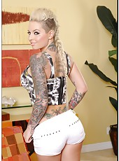 Sultry philander Christy Mack showing her awesome body and fucking hard