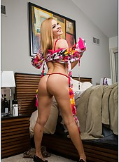 Adorable milf Krissy Lynn prefers fingering on bed and banging with neighbors