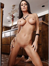 Dazzling flapper Jessica Jaymes prefers fucking in kitchen and getting satisfied