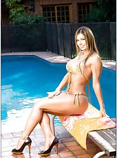 Zingy slut Esperanza Gomez posing at the pool and getting pounded on bed