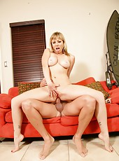 Cuddly milf Adrianna Nicole loves making blowjobs and getting nailed