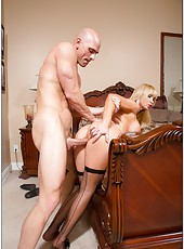 Nikki Benz prefers stripping in hot lingerie and getting naughty with strangers