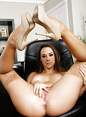 Chanel Preston seduced her naughty boss and sucked his yummy pecker