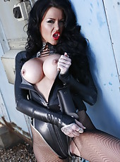 Hardcore babe in leather lingerie Stacey Lacey shows her flexy shape