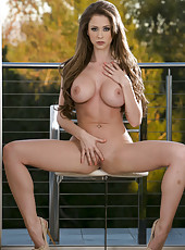 Unmatched MILF Emily Addison spreading her legs and showing her cunt