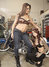 Raylene and Riley Jensen penetrate each other
