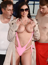 Glamorous babe Kendra Lust fucking hard and getting entirely pleased