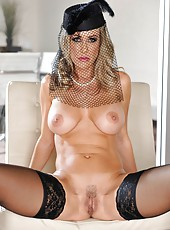 Stunning girls Ash Hollywood and Brandi Love pleasing each other all day long