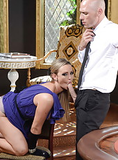 Giggly minx Abbey Brooks reaches sexual peak when rides a hard dick