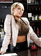 Kagney Linn Karter has had a rough day at the bar where she works. It seems that everyone who entered the bar that day was either named Paul or Pauline. Her final patron of the night is ready to leave since his wife stood him up, but Kagney can't see
