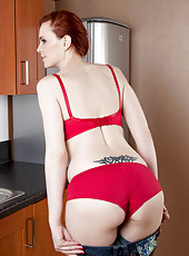 Hot mom next door washes dishes in her sexy red bra and panties