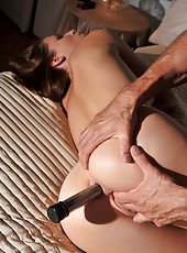 Glamour babe Victoria gets analyzed