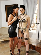 Girl Gets Flogged By Mistress Isla