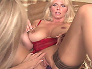 Big tit Sexy Karen gets her pussy dildo fucked and licked