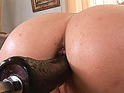 Hot sweet blond Brigitte Hunter enjoys her fucking machine