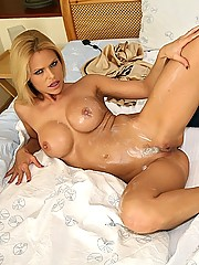 Delicious nude blonde playing video games gets her xbox pounded hard in these hot banging cum faced pics