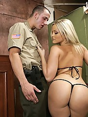 Alexis Texas gets her last wish fuck a big cock before deathrow
