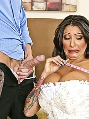 Ricki Raxxx fucking with her wedding dress on