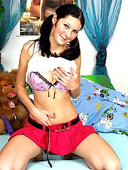 Natural shy teenie pounded and gets a big load on her face