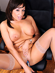 Tempting temptress with big breasts grabs her rabbit toy and thrusts it deep in her snatch