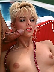 Seventies lady giving a good blowjob outdoor