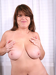 Brunette MILF Alex from AllOver30 poses and spreads after sports