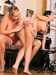 Huge MILF Laura M makes pigtailed Eve Angel suck her feet